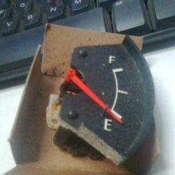 TOYOTA Corolla fuel gauge
